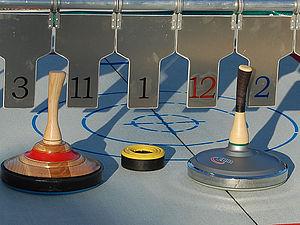 Eistockschießen / Curling